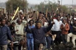 http://mariannelamers.nl/wp-content/uploads/2009/03/geweld_zuid_afrika22goed.jpg
